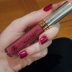 Anastasia Beverly Hills Liquid Lipstick in Craft